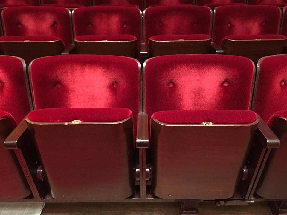 chairs-2006543_960_720.jpg